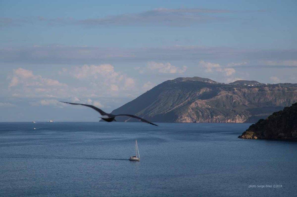 View of Vulcano from the gardens behind the Basilica San Bartolomeo, Lipari Island photographed by Serge Briez ©2014 Cap médiations, Thera Explorer