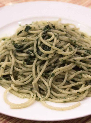"Spaghetti pesto to spaghetteria ""Do Scogghiu"" Ortigia Island, Syracuse photographed by Serge Briez ©2014 Cap médiations, Thera Explorer"