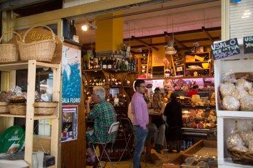 Delicatessen Fratelli Burgio, Piazza Battisti, Syracuse photographed by Serge Briez ©2014 Cap médiations, Thera Explorer