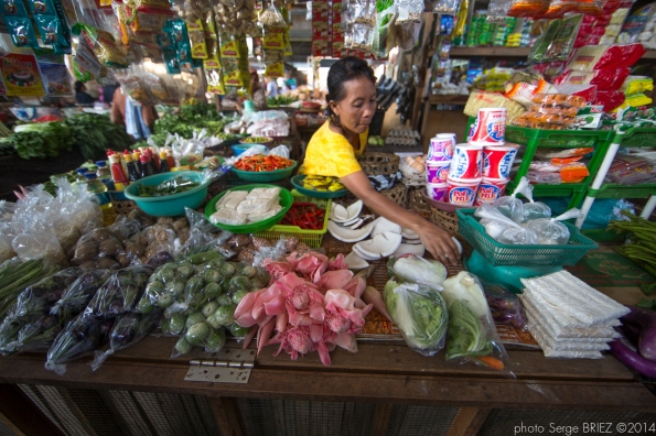 Bali's market photographed by Serge Briez
