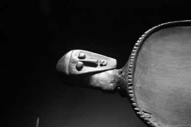 carved utensil, Primitive art,in museum quai Branly photographed by Serge Briez, ©2014 Cap médiations