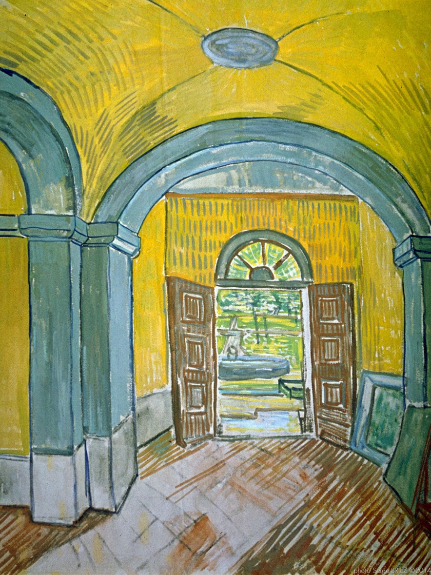 The Lobby of the Asylum, l'entrée de l'Asile, Octobre 1889, Van gogh's painting photographed by Serge Briez, ©2014 Cap médiations